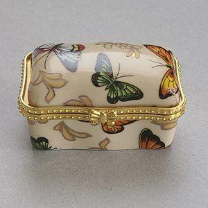 Adeline Porcelain Trinket / Ring Box